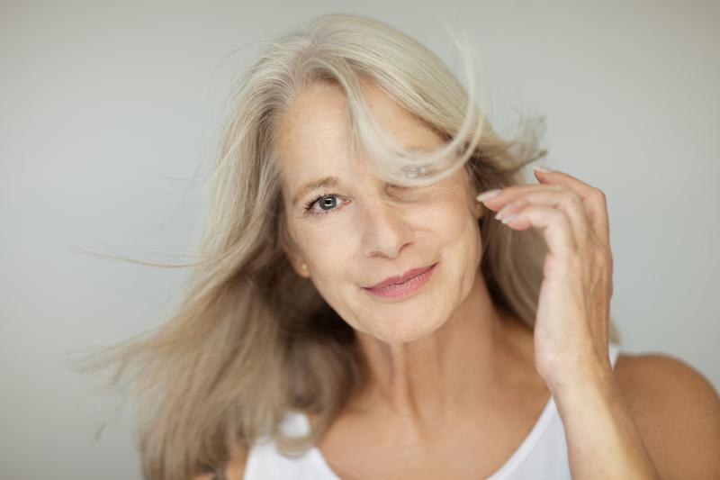 Jung aussehen - Hormone gegen das Altern?
